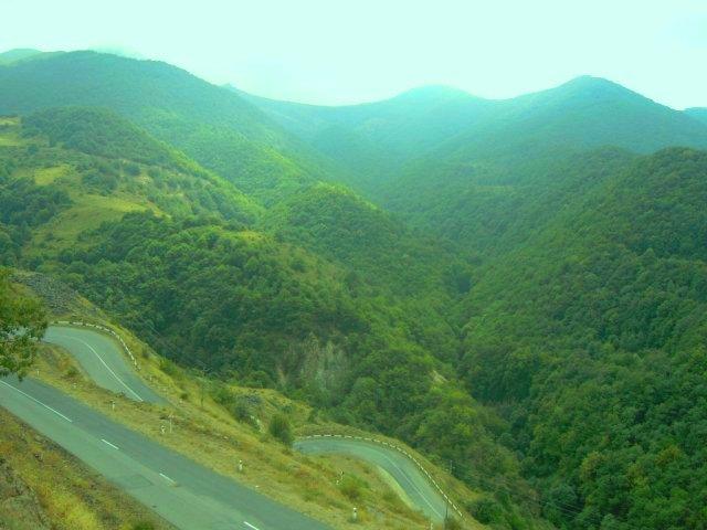 1.Dağlıq Qarabağda dağ yolu