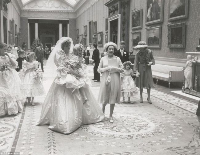 Şahzadə Diana və Çarlzın toyu, 1981-ci il
